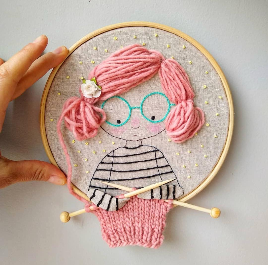 embroidery_instaguild via @anacardia_dolls